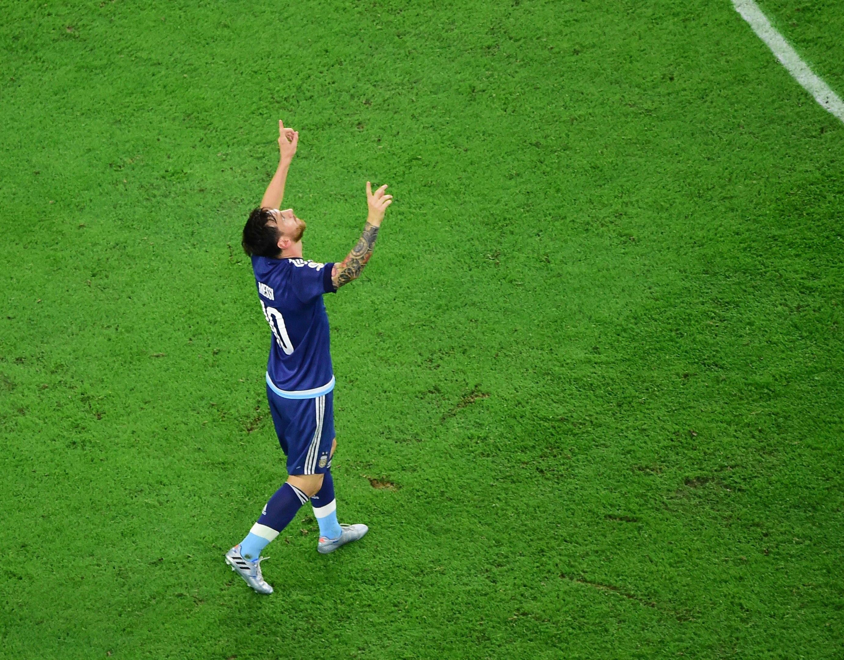 L'astuce de Messi pour éviter le problème des pelouses
