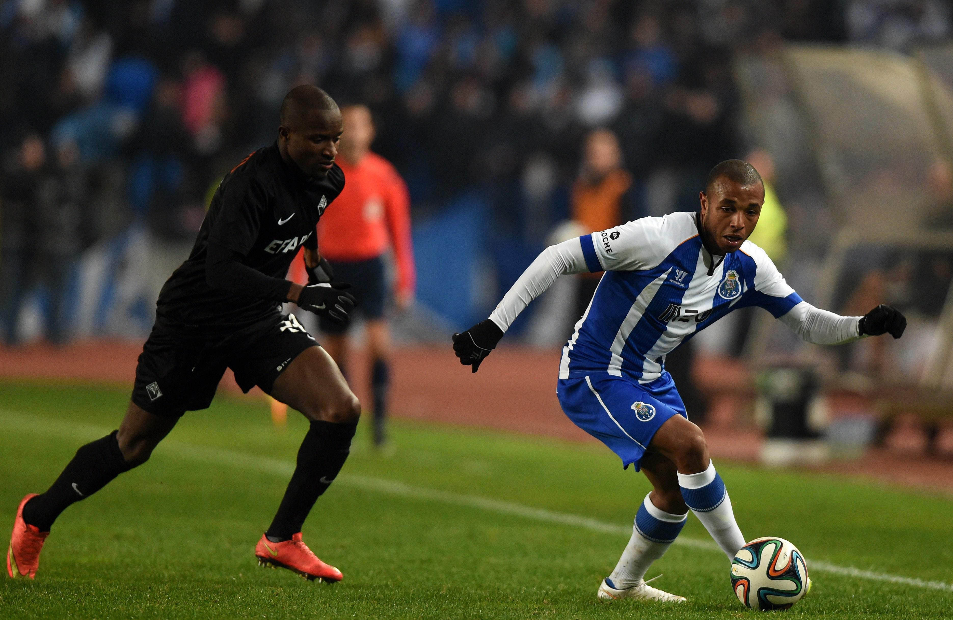 El Cholo Oualembo: un joueur qui connaît le goût de l'effort – Partie 1-