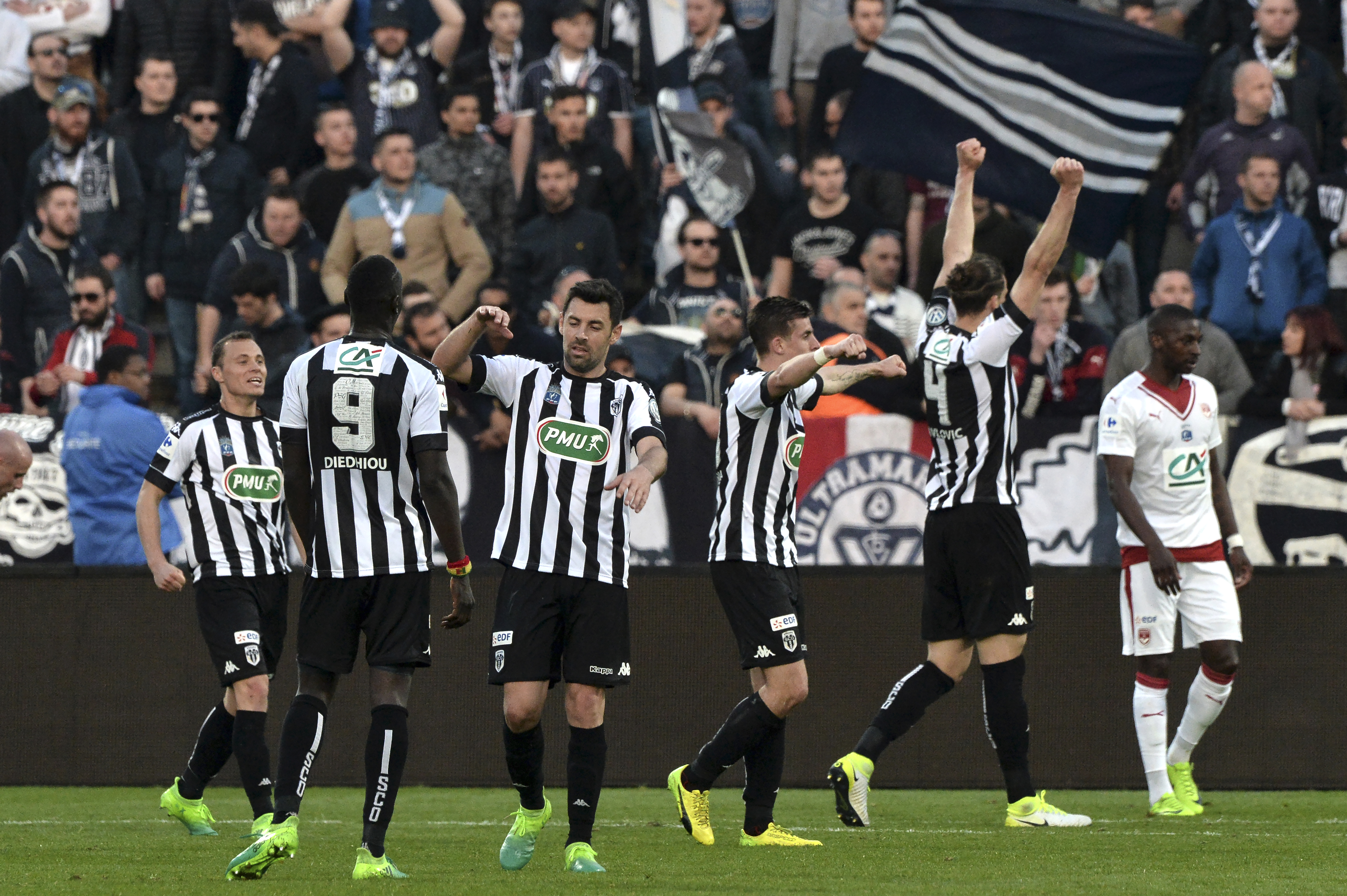 Angers : première réussie au stade Raymond Kopa